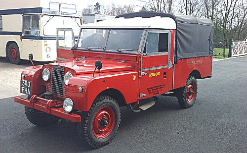 Midland Red Land Rover 390 FHA